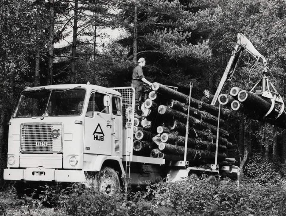 houttransport-van-het-verleden-en-heden--Uranus-De-Vialine--archive--(9)