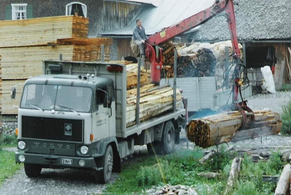 houttransport-van-het-verleden-en-heden--Uranus-De-Vialine--archive--(19)