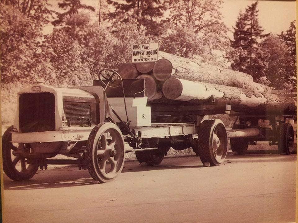 houttransport-van-het-verleden-en-heden--Uranus-De-Vialine--archive--(34)