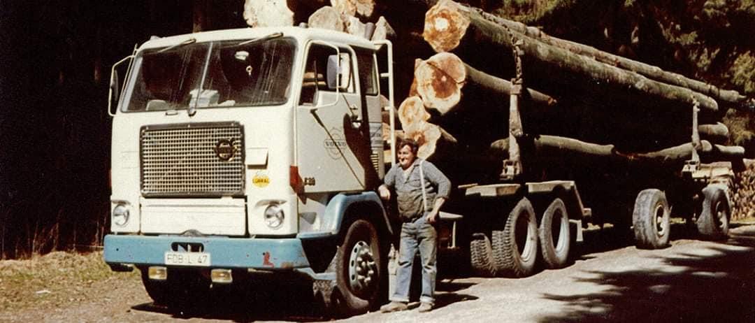 houttransport-van-het-verleden-en-heden--Uranus-De-Vialine--archive--(42)