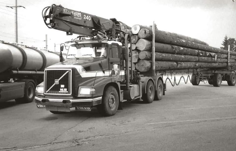 houttransport-van-het-verleden-en-heden--Uranus-De-Vialine--archive--(48)