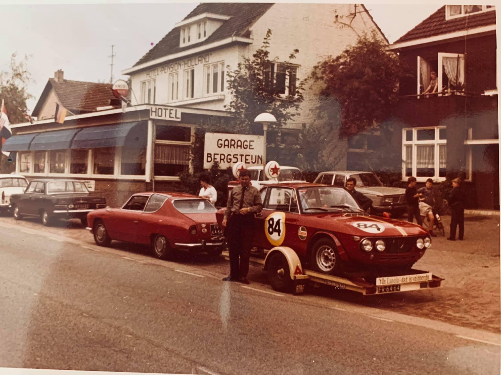 Caltex-tankstation-voor-mijn-huidig-woonhuis-in-1968-vader-staat-klaar-voor-vertrek-voor-de-start-van-de-24-uren-van-Francorchamps--Met-hun-Lancia-Fulvia-HF-1300-(5)