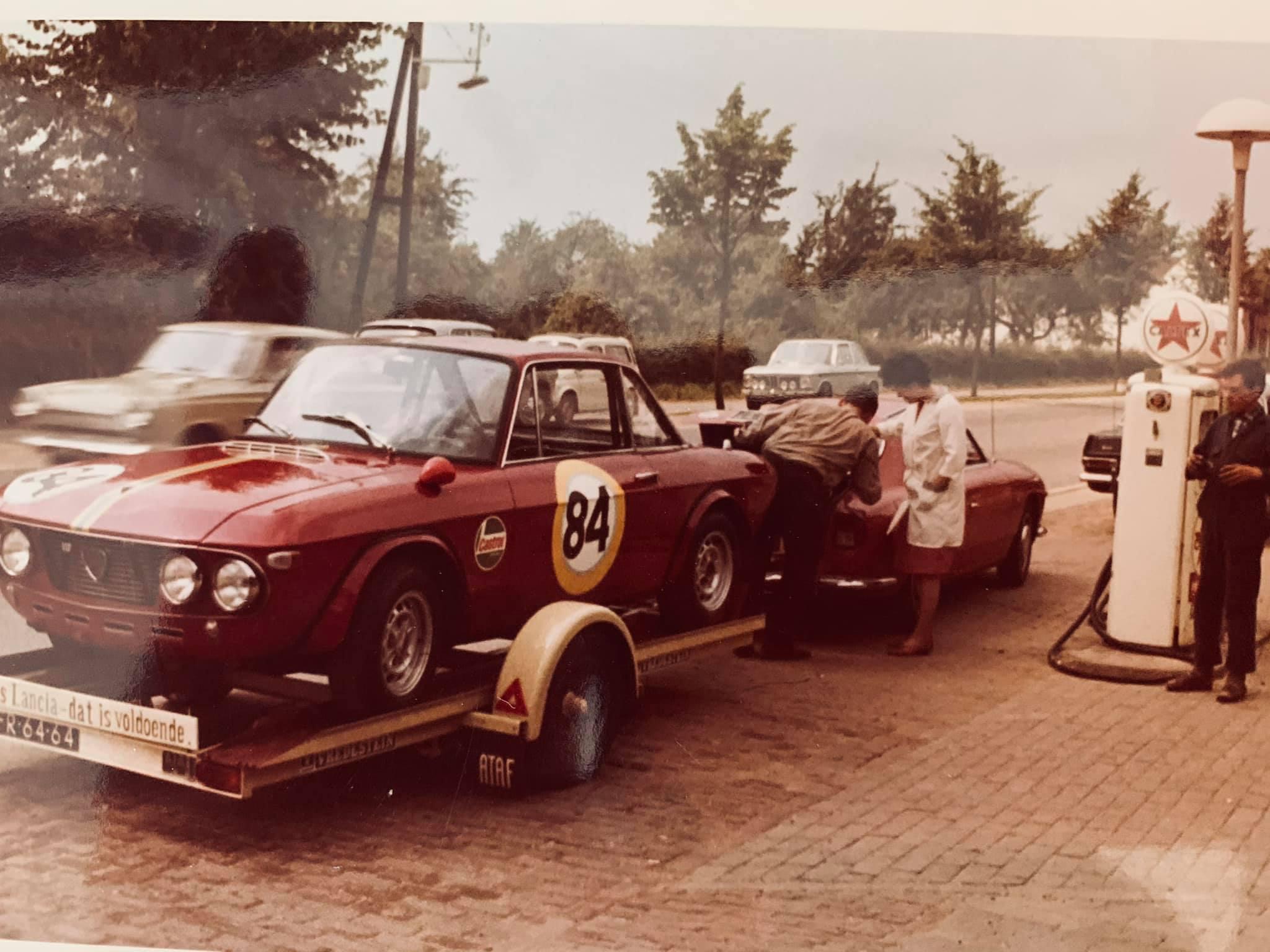 Caltex-tankstation-voor-mijn-huidig-woonhuis-in-1968-vader-staat-klaar-voor-vertrek-voor-de-start-van-de-24-uren-van-Francorchamps--Met-hun-Lancia-Fulvia-HF-1300-(6)