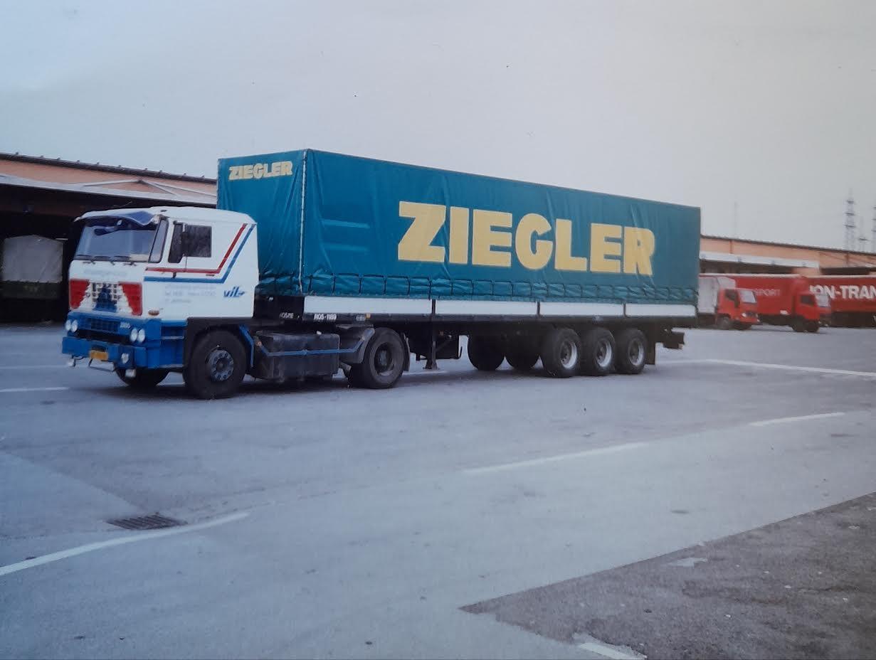 DAF-Peter-Giesbertz-chauffeur-(1)
