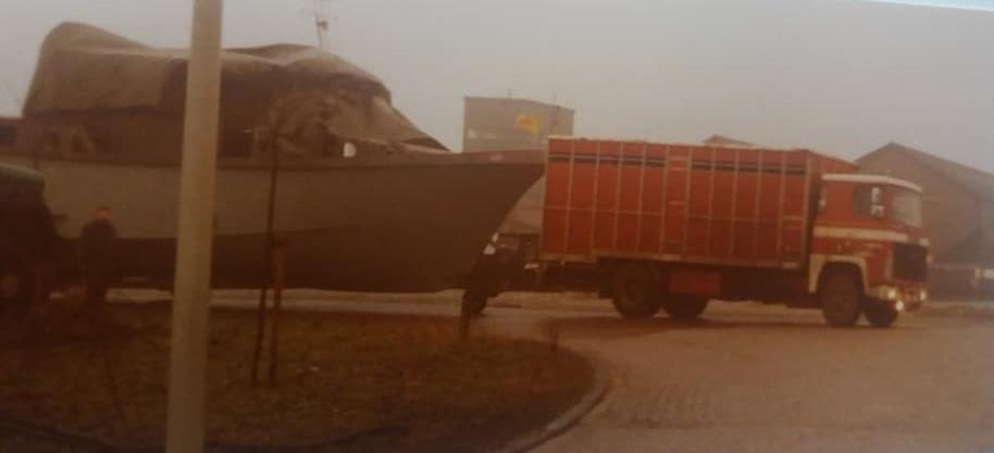 1976-
