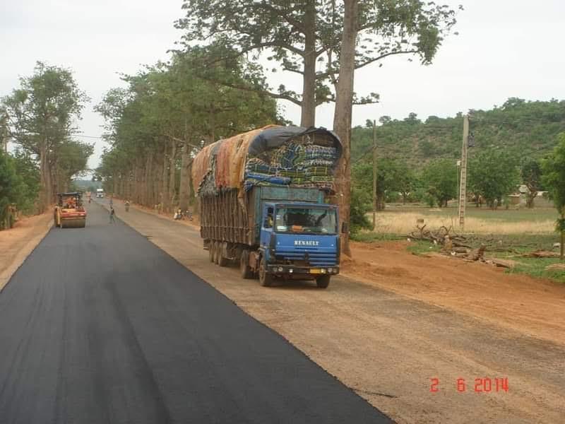 Afrika-roads--(1)