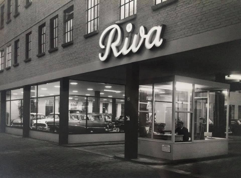 Opel-Riva--Den-Haag