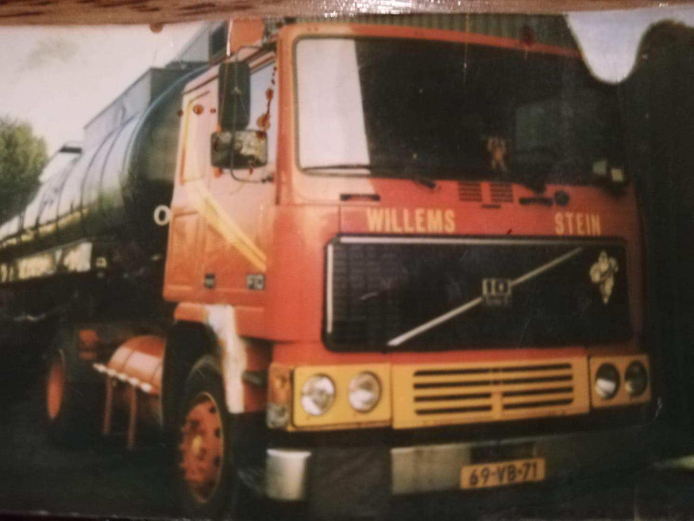 Volvo--met-chauffeur-Jos-van-As-1989--