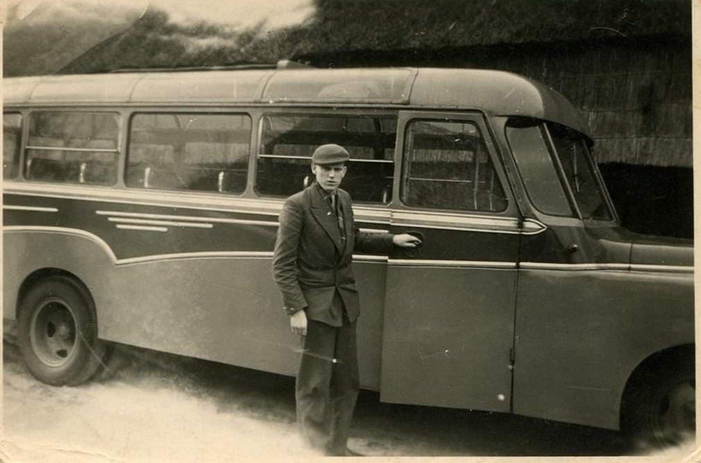 0-chauffeur-Kamphuis--ca-1950-archief-zoon-Siegfried