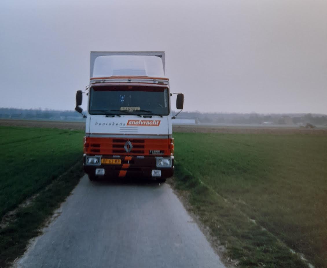 Renault--R-310--Peter-Giesbertz-(3)