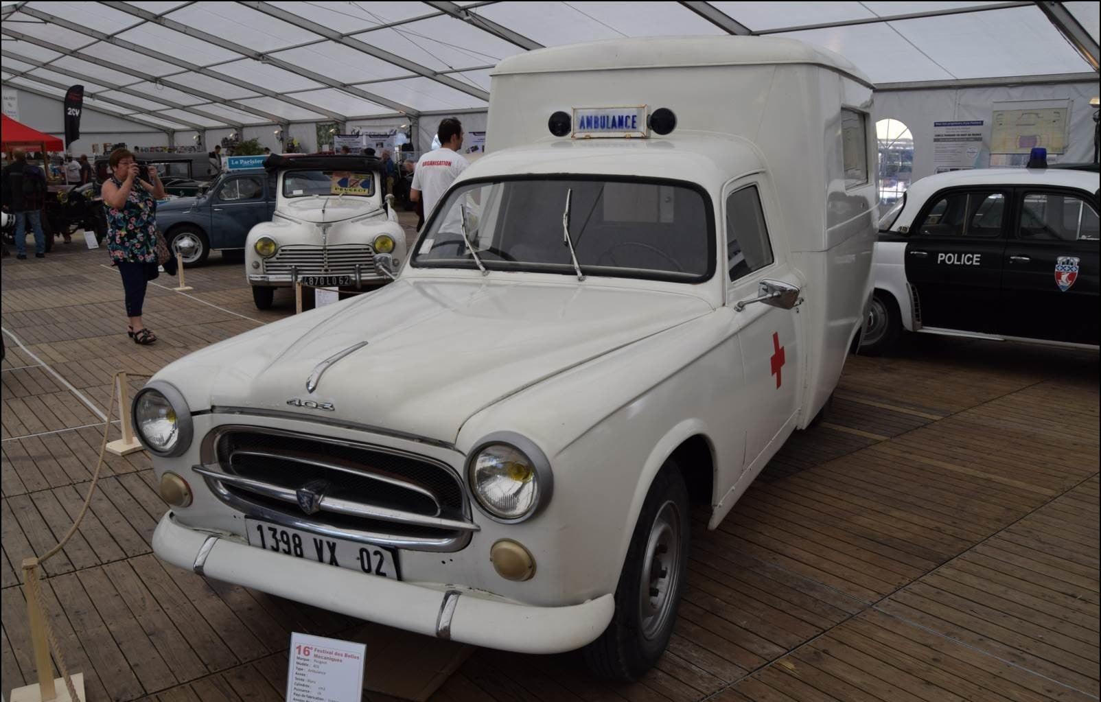 Peugeot-403-