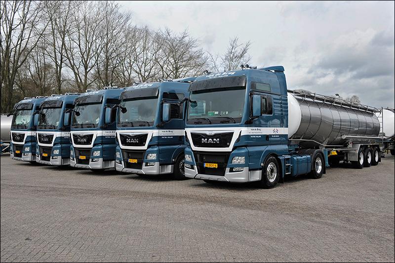 Van-de-Brug-Tanktransport-groot-02