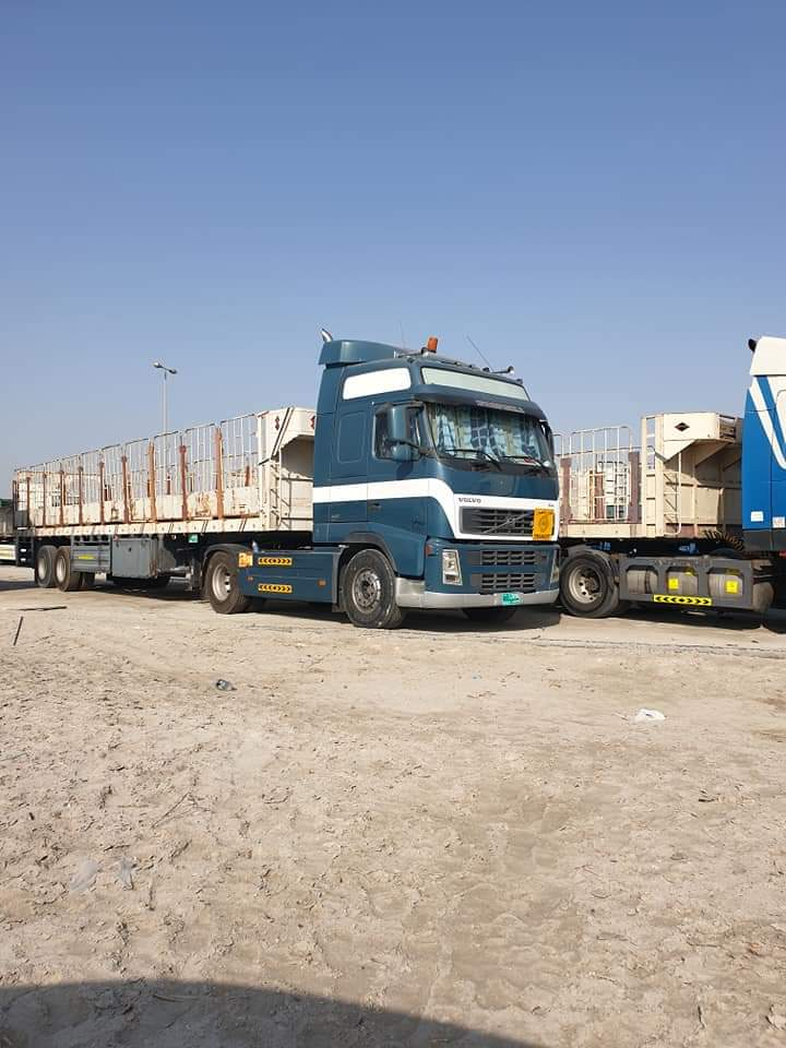 Z--Edwin-Bijmholt-heeft-deze-gemaakt-of-ergens-gevonden-en-rijdt-in-Bahrein-