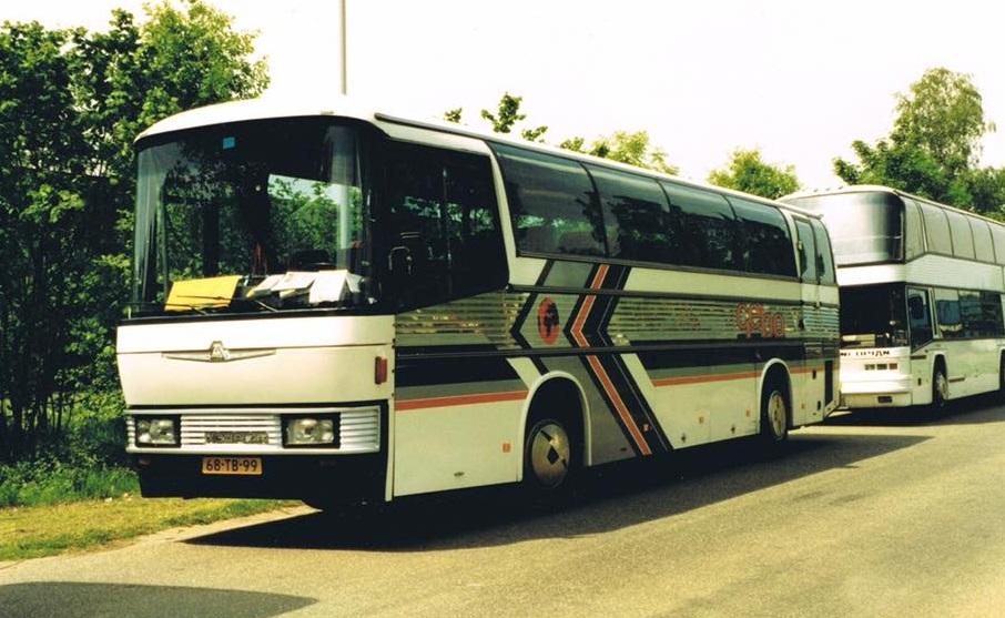 Bus-180-68-TB-99--Brigitte-bouwjaar-1979--Carrosserie-Auwärter-Jetliner--Chassis-Neoplan-N216--Motor-DAF-DKT--Roy-de-Lange-foto-(3)