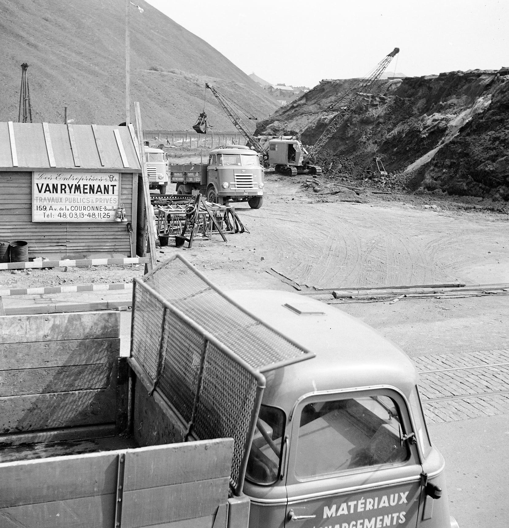 Daf-kippers-Bienne-Ad-van-Geel-archief-(2)