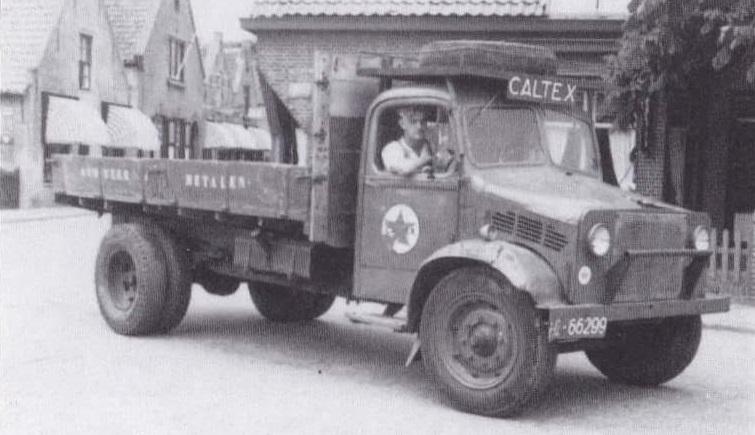 Bedford-1953--Dimmen-Brandstof-Hoek--met-rechts--stuur