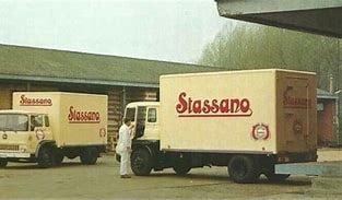 Bedfords--TK-van-zuivelfabriek-Stassano-uit-Rotselaar