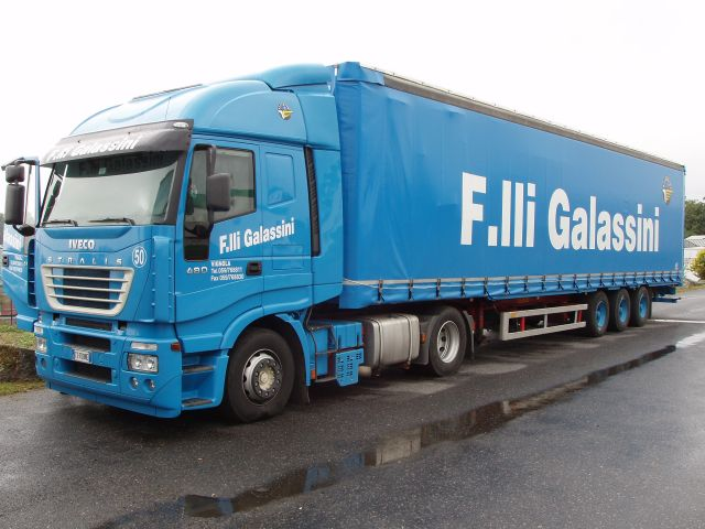 Iveco-Stralis-AS-440S48-Galassini-Holz-110805-02
