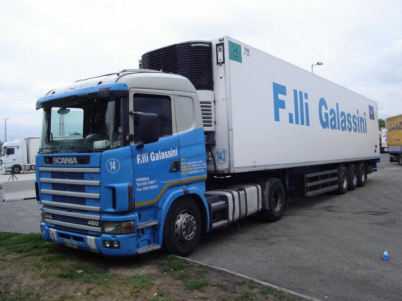 Scania-144-L-460-Galassini-Halasz-110807-01