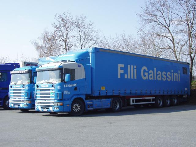 Scania-144-L-530-Galassini-Holz-040504-1-I