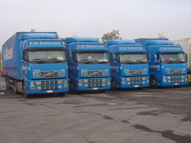 Volvo-FH12-4x-Galassini-Holz-021204-1