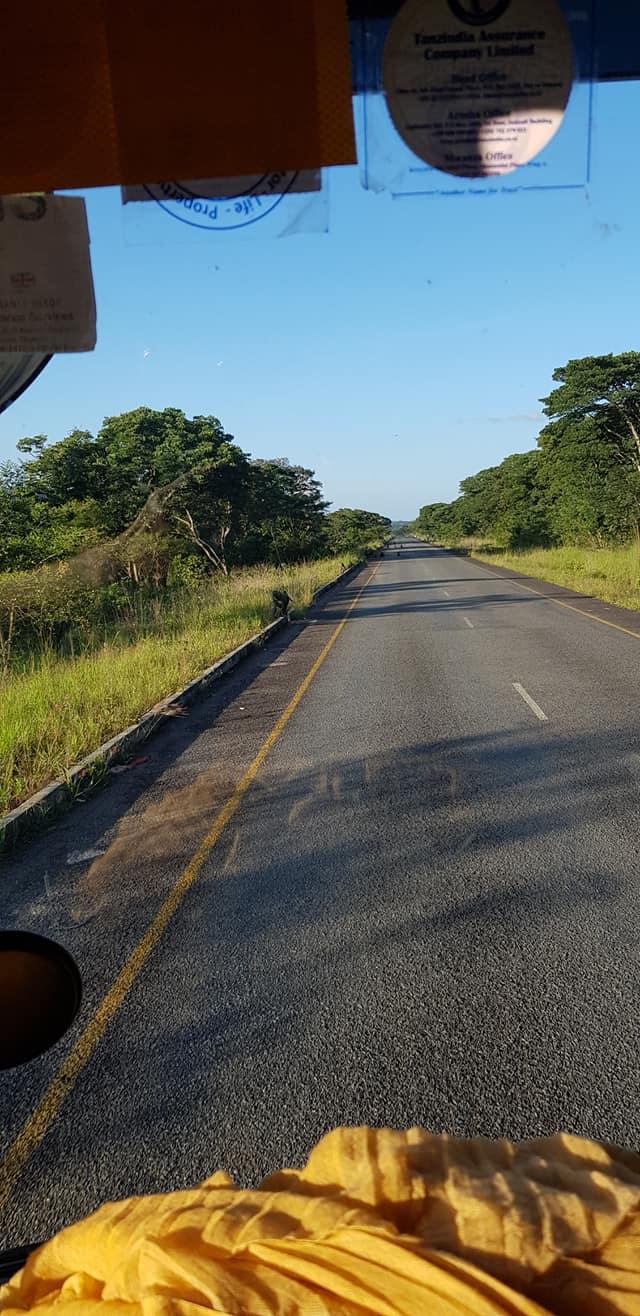 dag-2-Dar-es-Salaam-Kamplae-Els-Hondius-met-Mkhaleedy-Mwanja--6-12-20-(34)