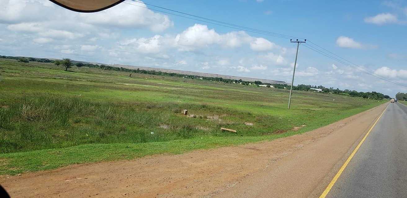 dag-2-Dar-es-Salaam-Kamplae-Els-Hondius-met-Mkhaleedy-Mwanja--6-12-20-(36)