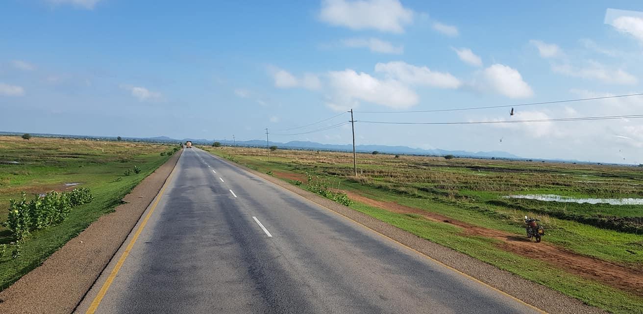 dag-2-Dar-es-Salaam-Kamplae-Els-Hondius-met-Mkhaleedy-Mwanja--6-12-20-(41)