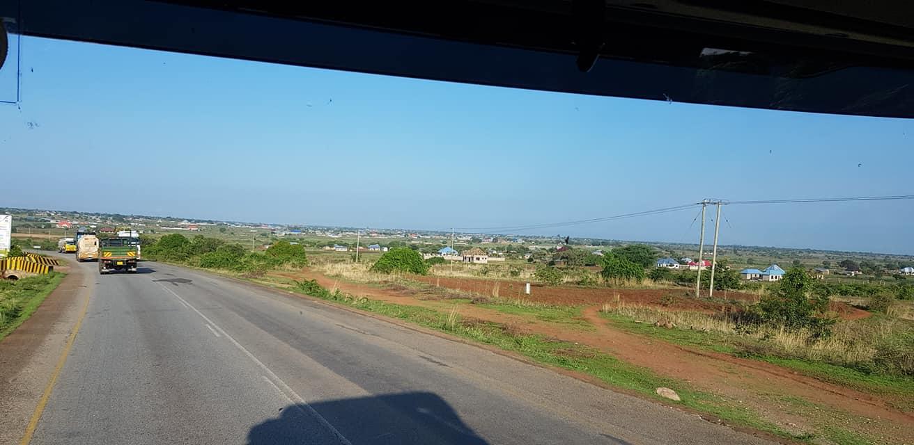 dag-2-Dar-es-Salaam-Kamplae-Els-Hondius-met-Mkhaleedy-Mwanja--6-12-20-(45)