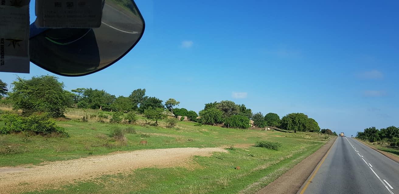 dag-2-Dar-es-Salaam-Kamplae-Els-Hondius-met-Mkhaleedy-Mwanja--6-12-20-(54)