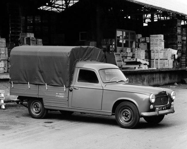 Peugeot-403-(2)