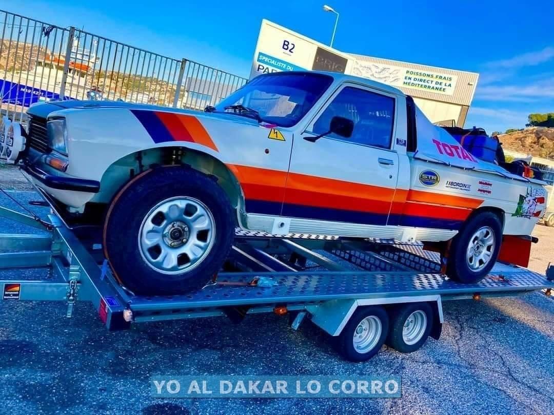 Peugeot-504-oldtimer-in-de-Dakar-rally-van-2021---(4)
