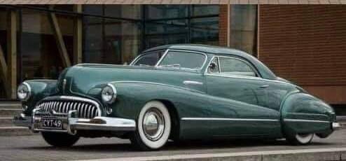 Buick-Roadmaster-Sedanette-Custom-1946--(1)
