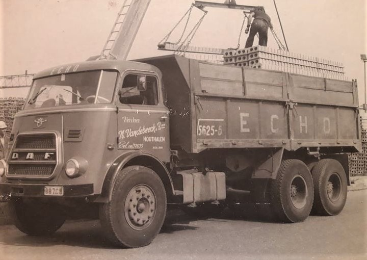 Daf-6X4-Vandebeeck-transport-
