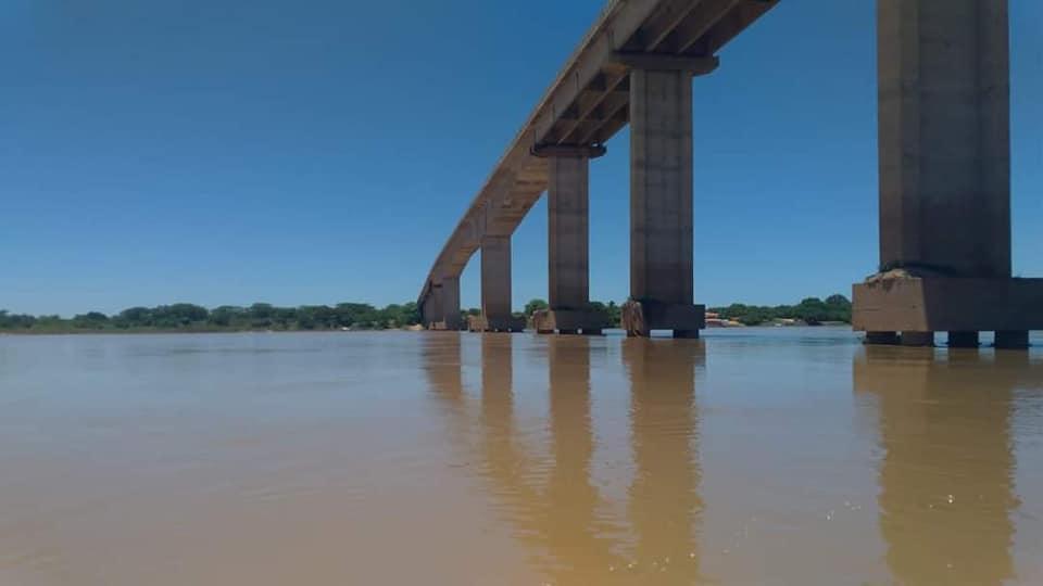 BR-242-de-enigste-brug-over--een-rivier-(2)