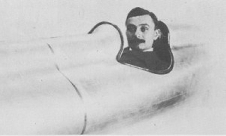 Panhard-het-scheermesje-1926-1500-CC-10-PK-met-speciale-stuurwiel-met-ritatiebeweging-via-rondsel--(5)