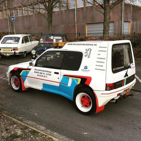 Peugeot-205-special