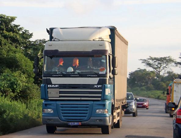 Ivoorkust-het-tweede-leven-John-Veerkamp-foto-archief-(45)