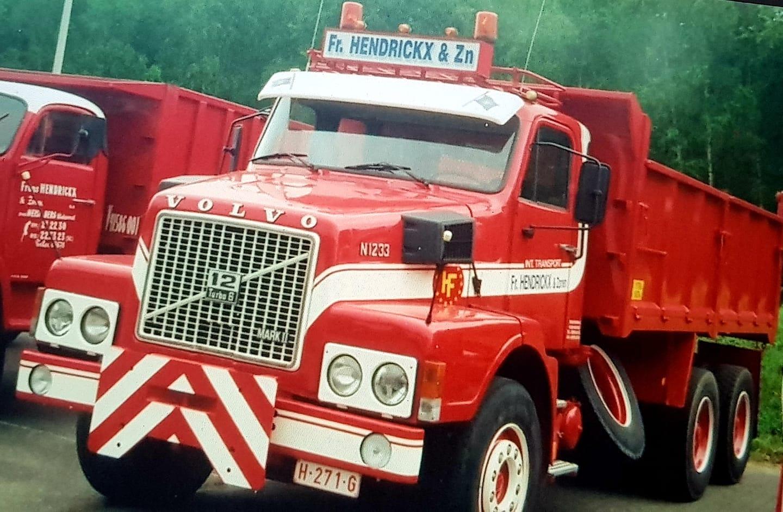 Volvo-N1233-van-Vava-chauffeur