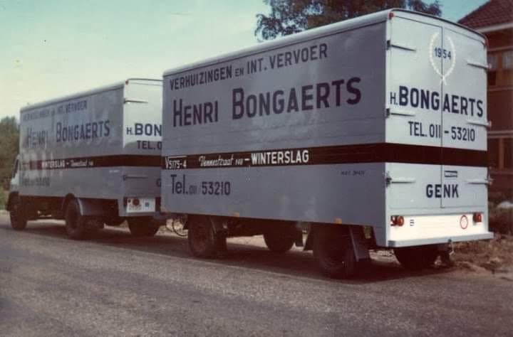 Bedford-TK-met-AHW-met-25-klanten-naar-Italie-over-de-Mont-Blanc-met-Velda-salons-Fransk-Dipers-chauffeur--Jans-Carr-Mopertingen-
