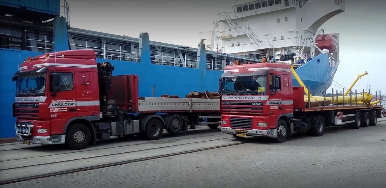 Daf-met-lengte-vervoer-lossen-in-de-haven