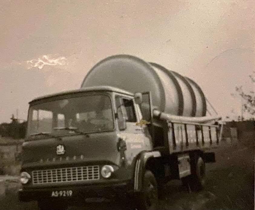 Bedford-1970-Landbouwbelang-Sevenum-chauffeur-Van-Dijck-