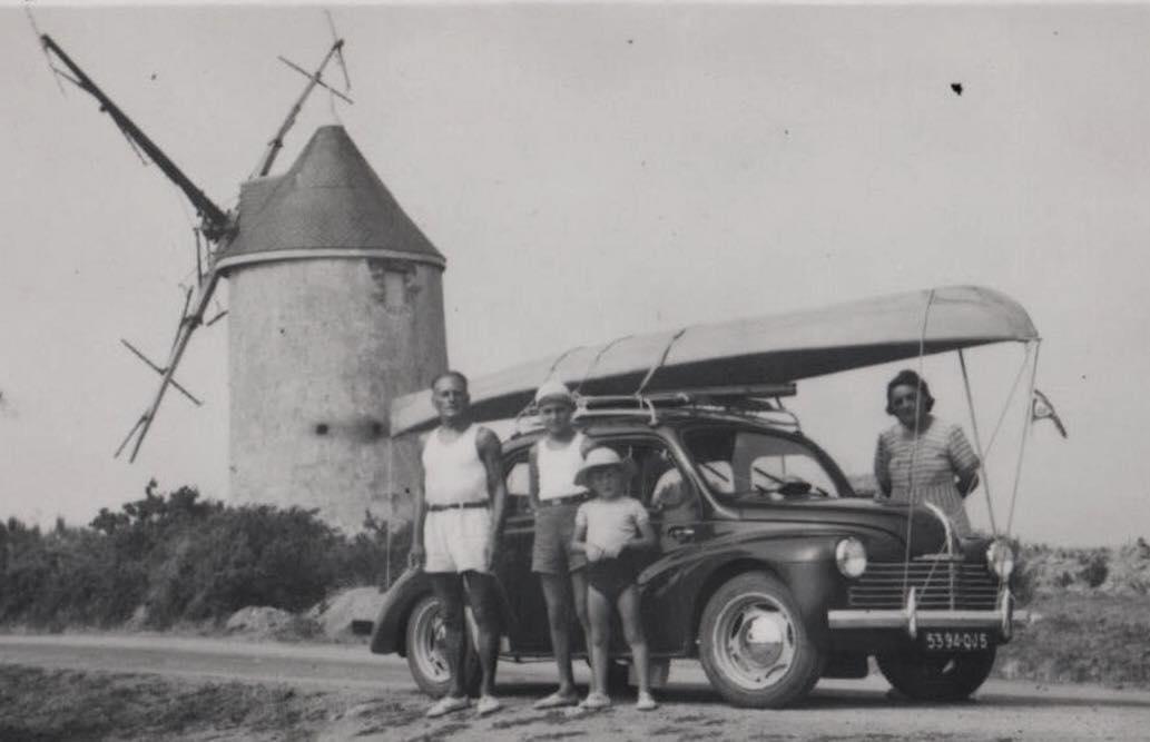 Renault-4-CV-(1)