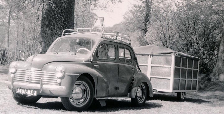 Renault-4-CV-(5)