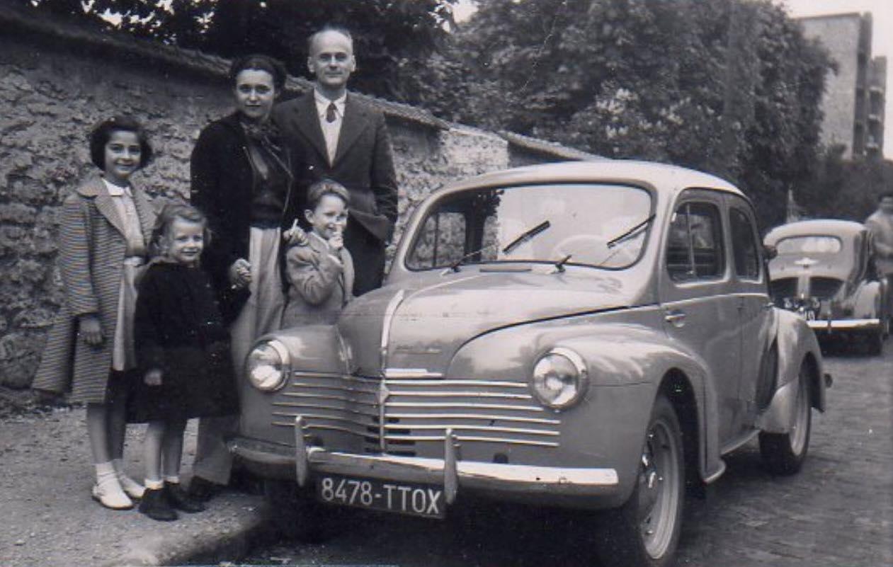 Renault-4-CV-(7)