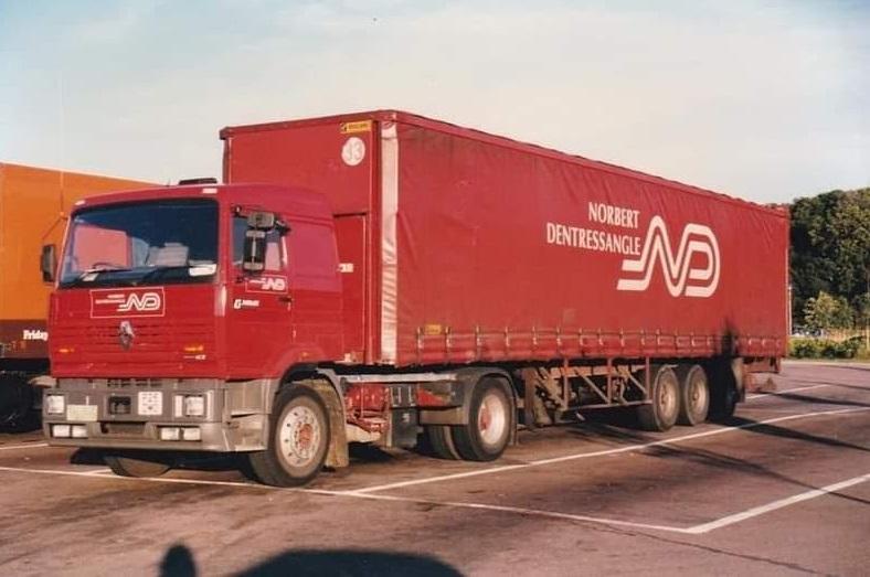 Renault-Trailer