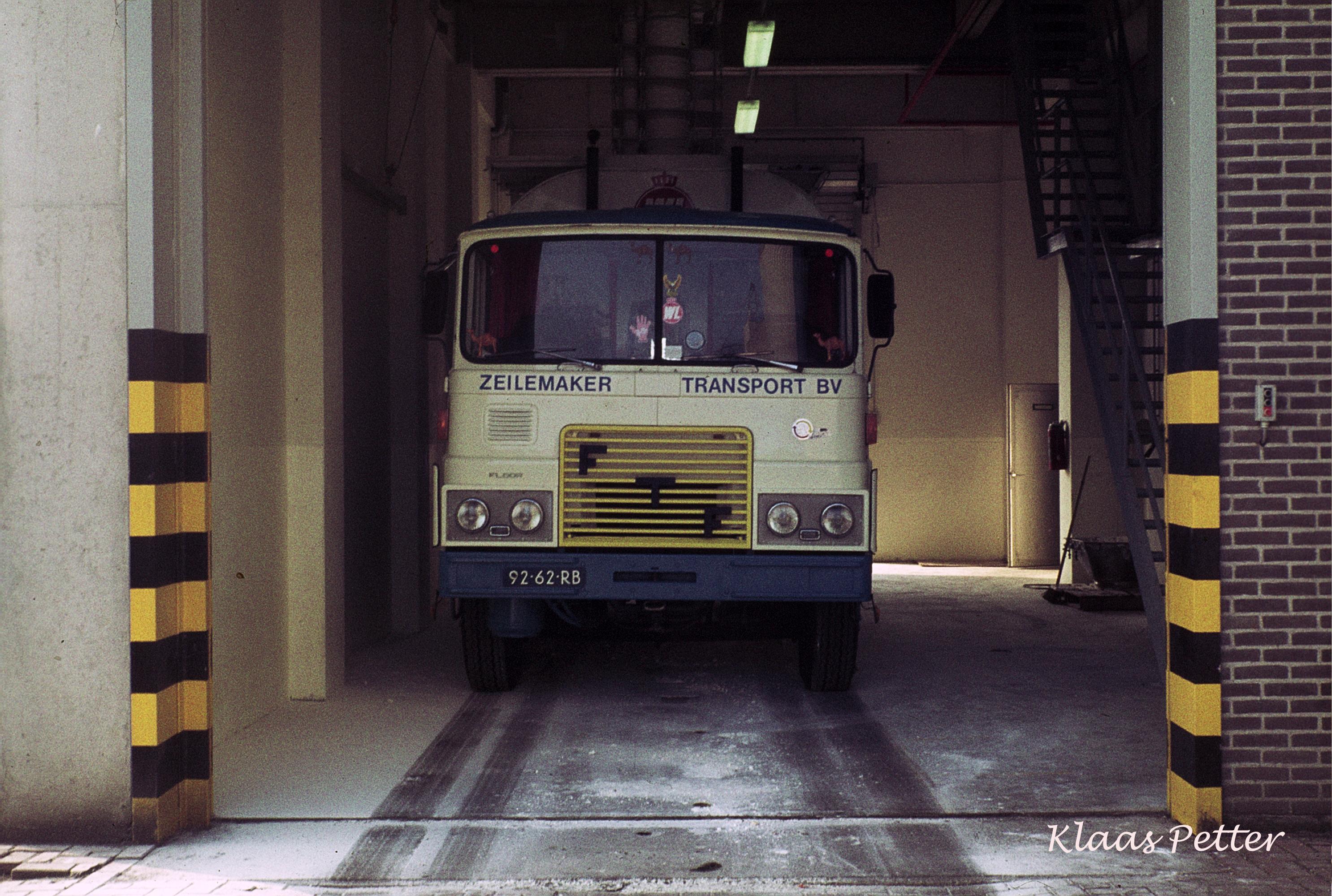 FTF-Laden-in-de-kalvermelkpoeder-fabriek-van-WESSANEN--