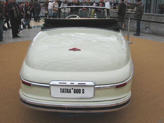 -Tatra-600-Cabriolet-Sodomka-1949--(3)