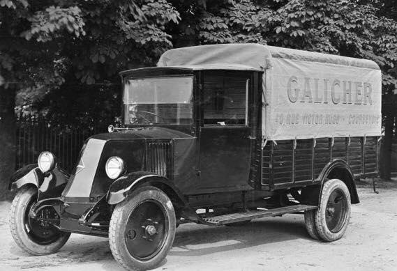 Renault-met-Bache-Zeilwagen