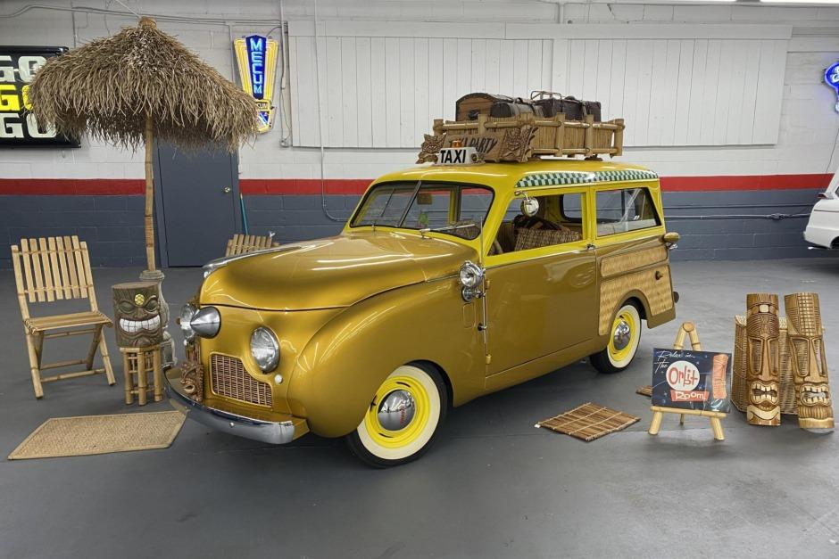 Crosley-CC-Four-is-een-gemodificeerde-stationwagen-aangedreven-door-een-44-ci-inline-44-gekoppeld-met-een-handmatige-versnellingsbak-met-drie-versnellingen-1948--(1)